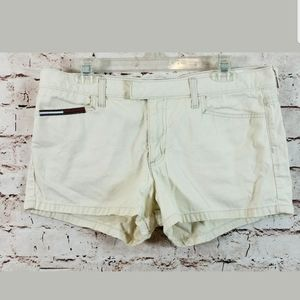 Tommy Hilfiger Shorts Junior Womens Size 13 Ivory